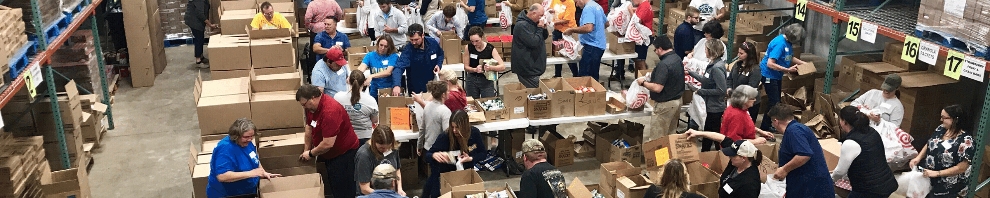 Buddy Backpacks volunteers
